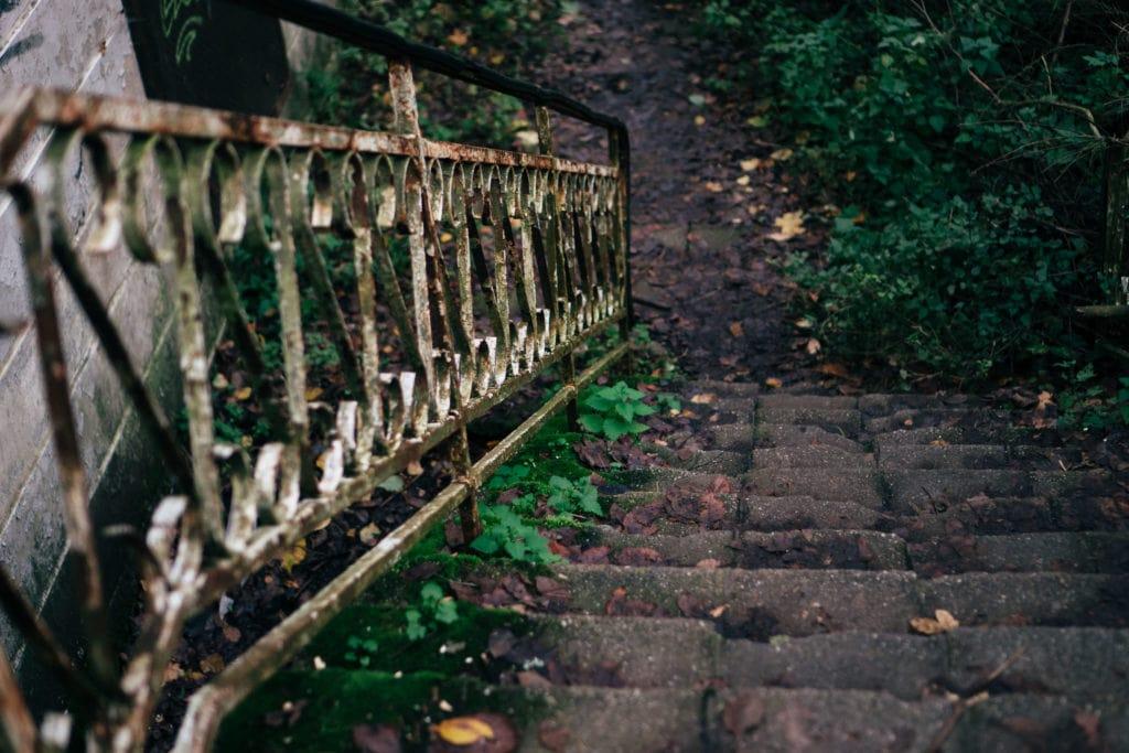 Schloss Dammsmühle - Verrostetes Treppengeländer