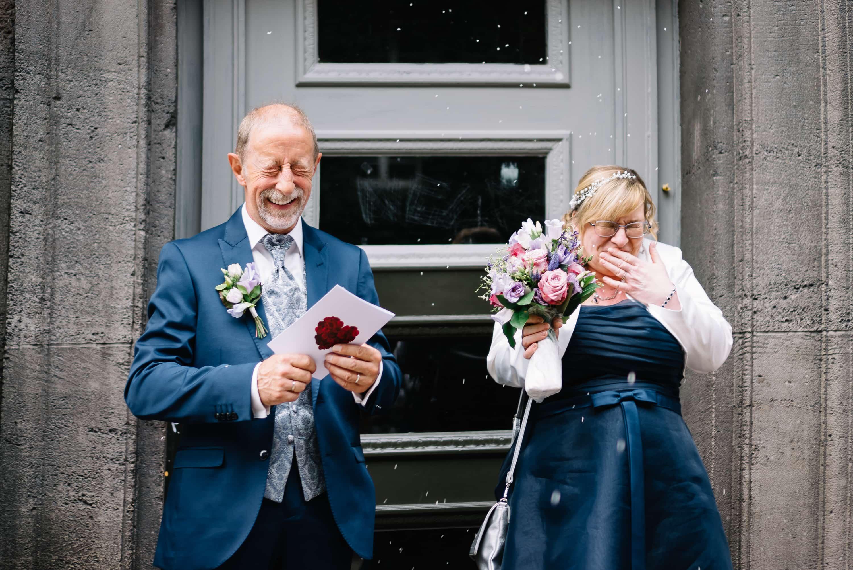 Standesamtliche-Hochzeit_Spandau -Reiswerfen